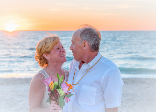 Beach-wedding-1934732_1920